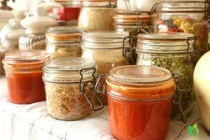 Stocker son alimentation dans des bocaux, contenants variés